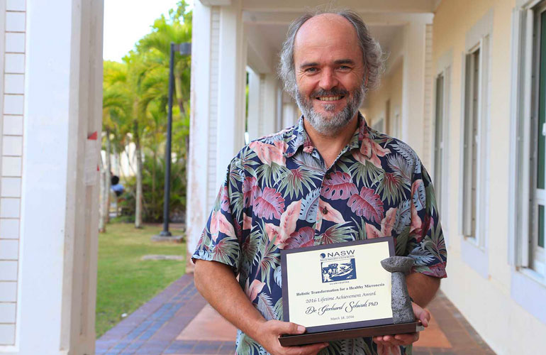 Dr. Gerhard Schwab was recently rewarded for his service and dedication to the field of Social Work with the lifetime achievement award.