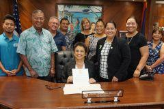 Gov. Lou Leon Guerrero with the Guam Aquacultural Task Force